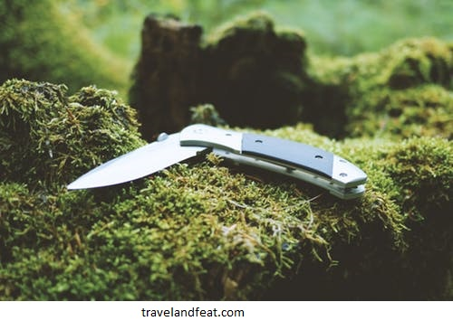 6 USES OF THE OUTDOOR KNIFE YOU DIDN'T KNOW