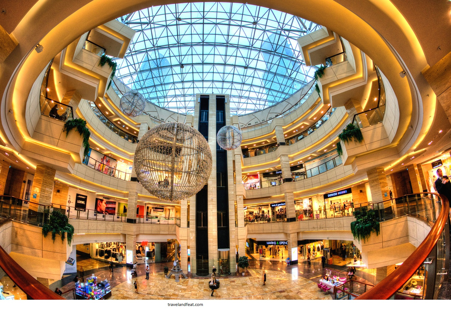 Top 5 London shopping centers to go on sale